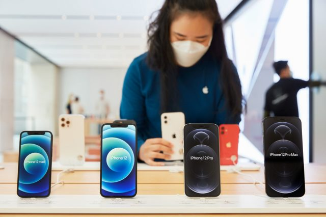 How to Choose an iPhone: Everything You Need to Know Before Buying-1